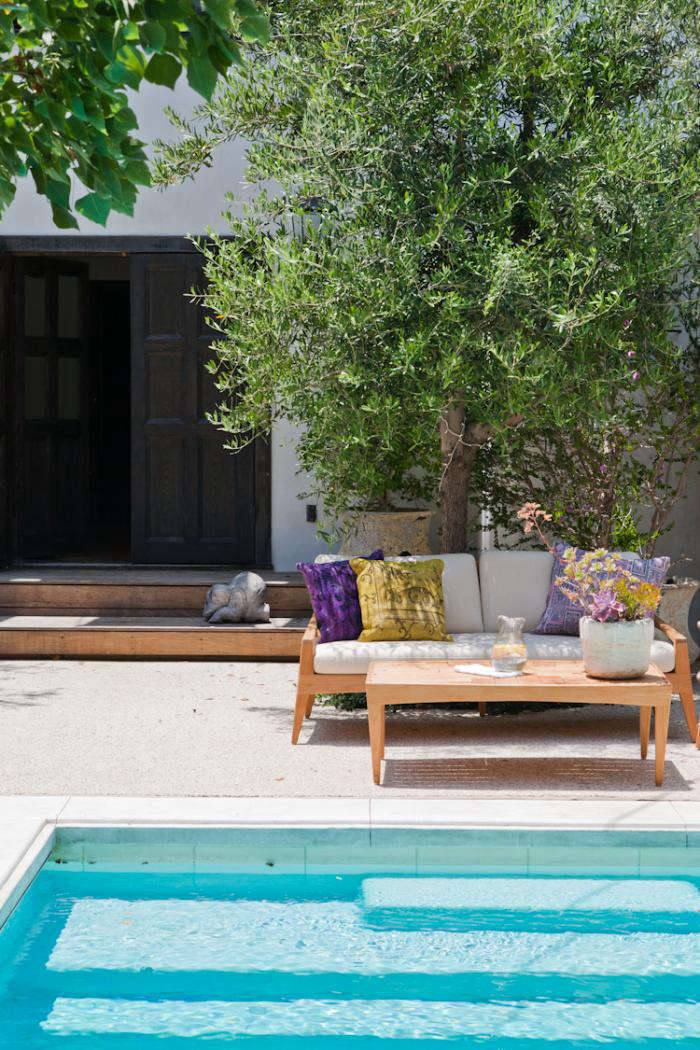 Attirant Steal This Look: Estee Stanleyu0027s Outdoor Patio In LA