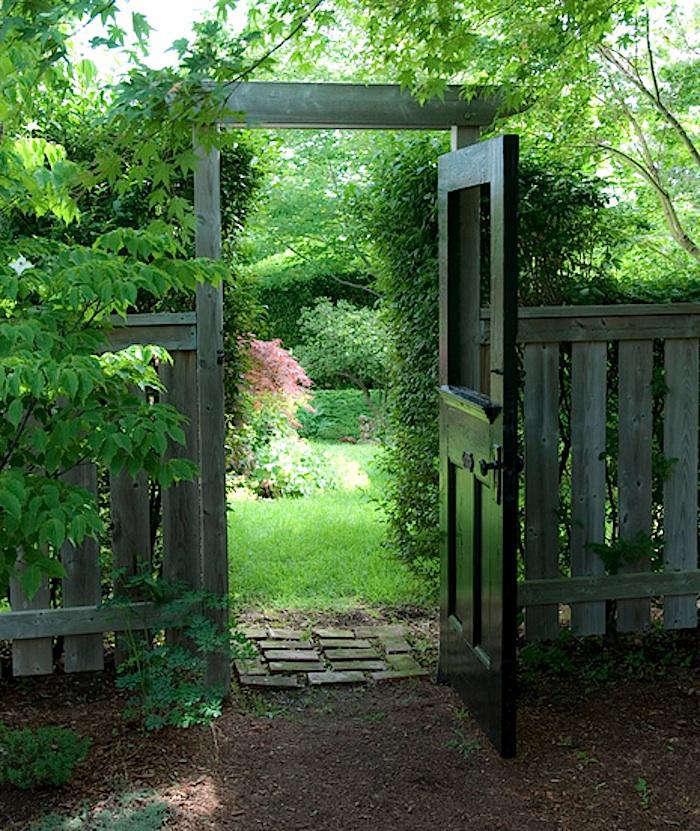 10 Easy Pieces: Wooden Garden Gates - Gardenista