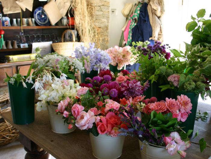 DIY: Secrets of Growing Your Own Wedding Flowers - Gardenista