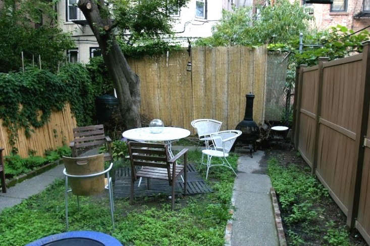 before garden ishka designs gardenista - Backyard Garden Ideas Before And After