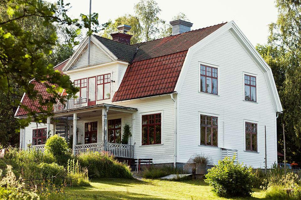 "Discovered via Pinterest: Sågverket Möten Rum & Kök. Translation: ""Sawmill Meeting Room & Kitchen,"" a waterside hostel with uncommon style in northern Sweden's High Coast region."