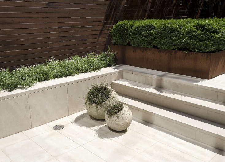Hardscaping 101: Limestone Pavers - Gardenista