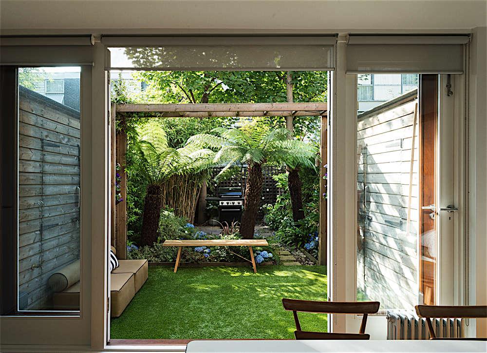 Christine Chang Hanway, London garden, Garden as exterior room, artificial grass, Matthew Williams | Gardenista