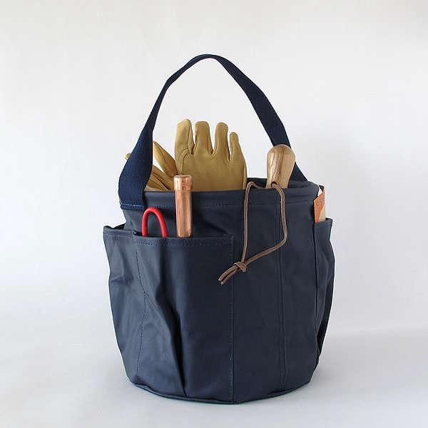 waxed-blue-garden-bag-gardenista