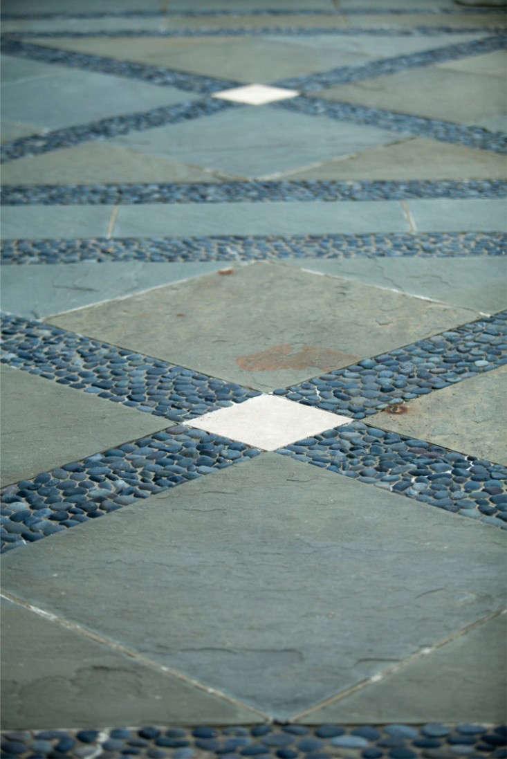 bluestone-rocks-pattern-janice-parker-landscape-gardenista