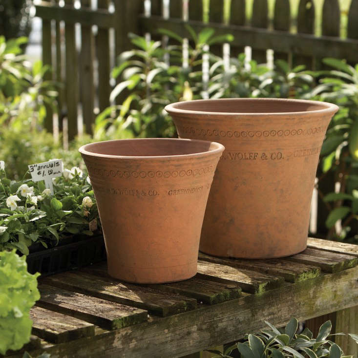 10 Easy Pieces Mossy Terra Cotta Pots and Planters Gardenista
