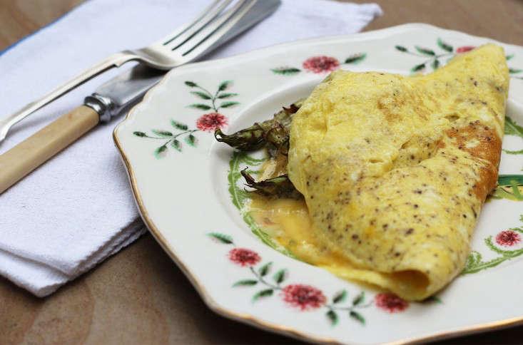 japanese knotweed omelet_marie viljoen