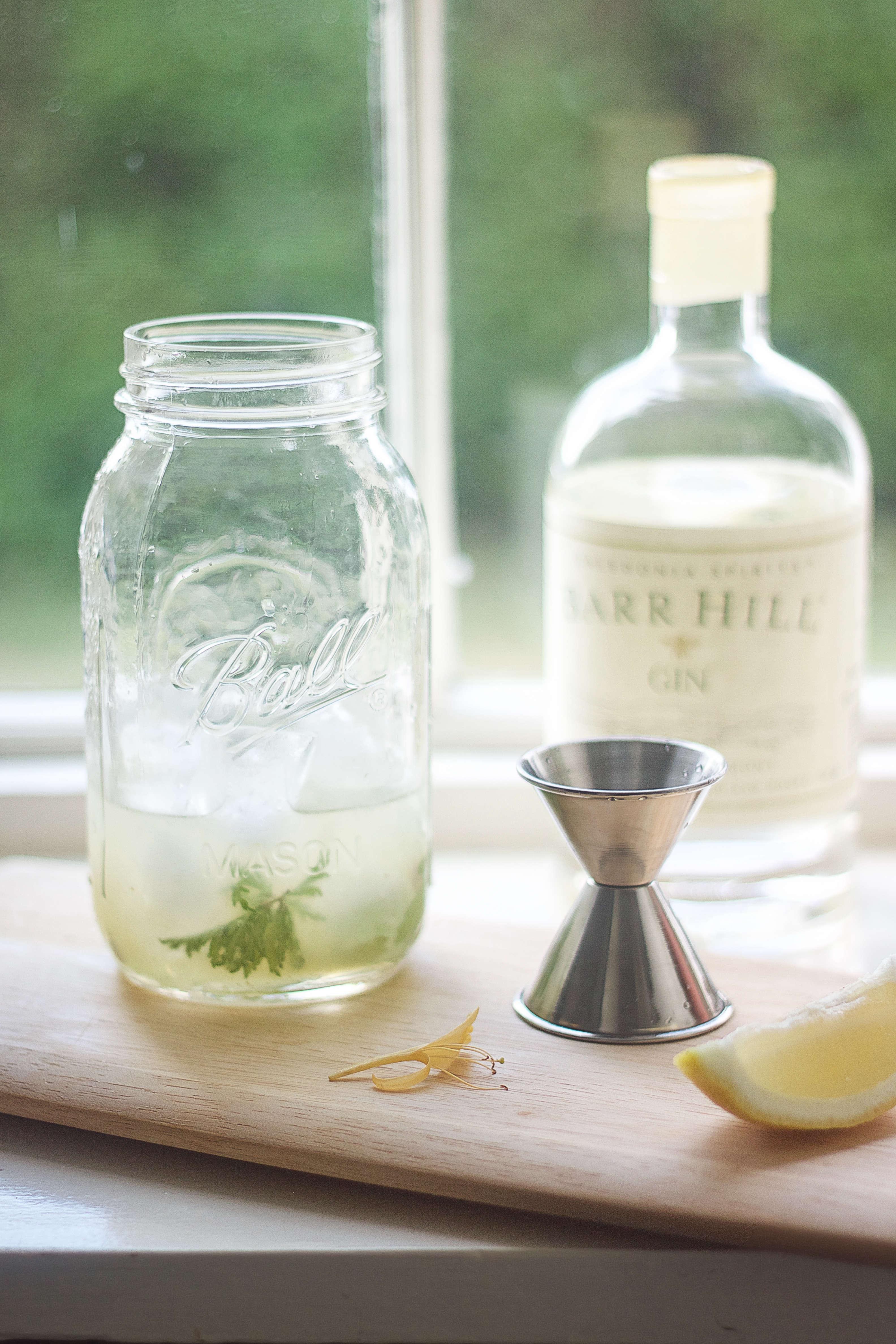 Diy Summer Cocktail With Rose Geranium Simple Syrup Gardenista
