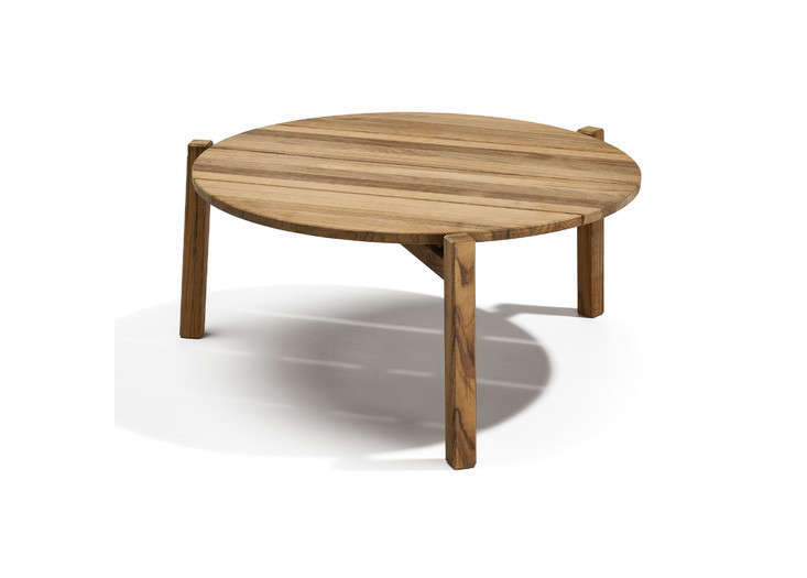 Braselton Round Wood Outdoor Coffee Table Gardenista