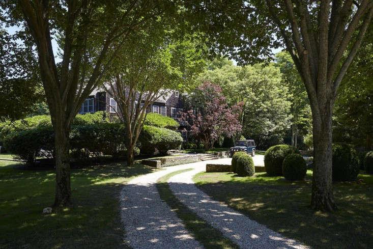 hardscaping 101 ribbon driveways gardenista