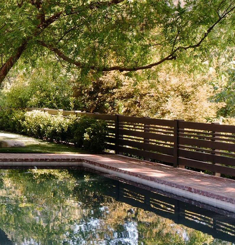 Swimming Pool Fences 10 Ideas For Safety Style At Waters Edge