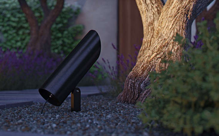 10 Easy Pieces Spotlights And Floodlights Gardenista