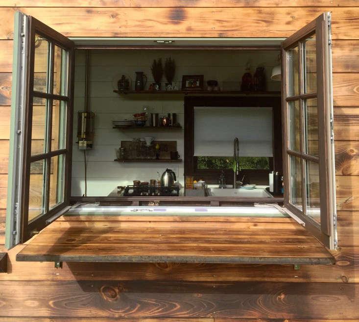 tiny-house-bar-gardenista