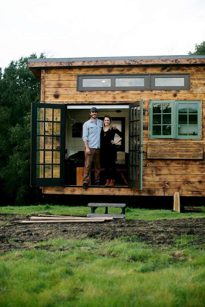 tiny-house-couple-gardenista-e1471217781989 (1) copy