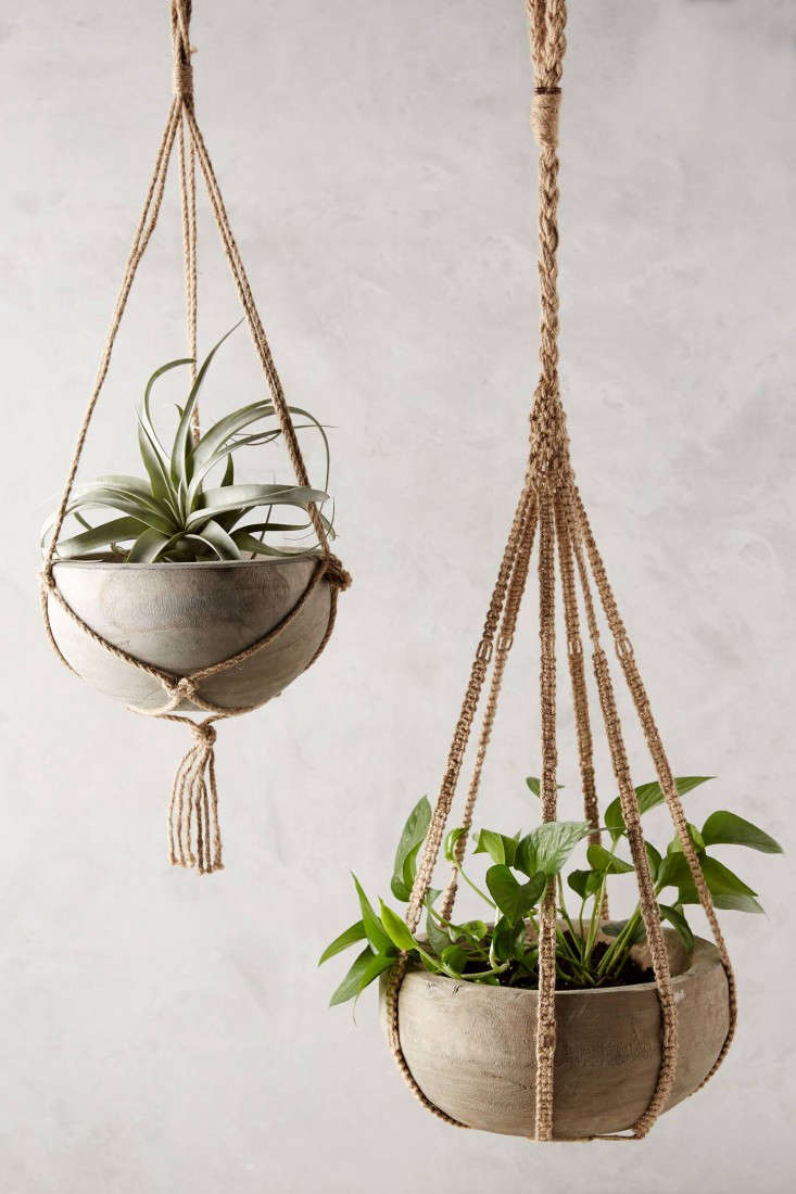 kiri wood hanging planter. Black Bedroom Furniture Sets. Home Design Ideas
