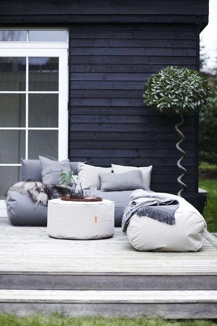 Ordinaire Trimm Canvas Beanbag Rocket Daybed 1 Gardenista