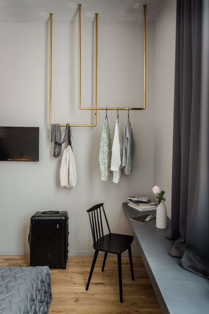 Hotel Room Decor: Trending On Remodelista: Living Large In A Small Space