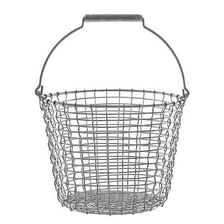 """在瑞典的一个瑞典医生,她的手被绑在一根巨大的铁丝网上,被绑在一根线上。""""没有钱"""",它是在玻璃上,所有的东西都是""""修板""""的标志!9美元"""