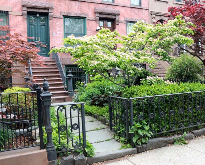brooklyn on a budget 10 favorite gardens from the gardenista
