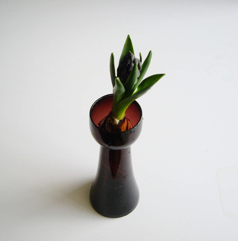 Highlow colored glass bulb vases gardenista amethyst purple glass bulb vase etsy reviewsmspy