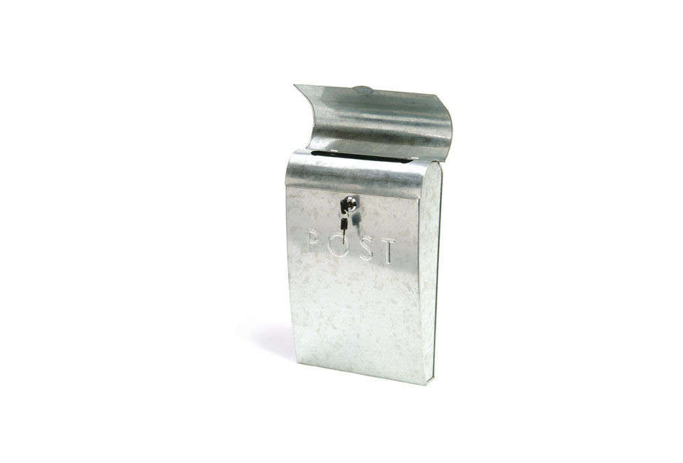 107b2b389f6291 Post Box with Lock in Galvanised SteelThe is £28 at Garden Trading.