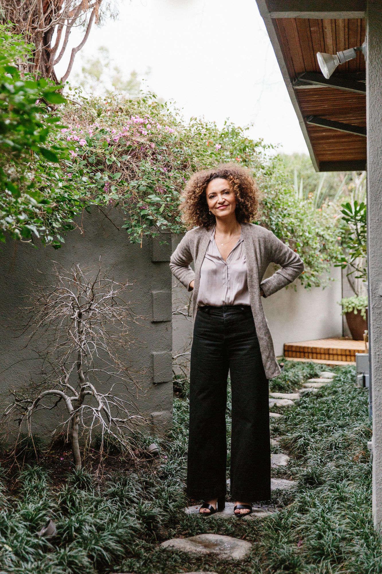 Garden Visit Pamela Shamshiri S Hollywood Hills Garden And Patio