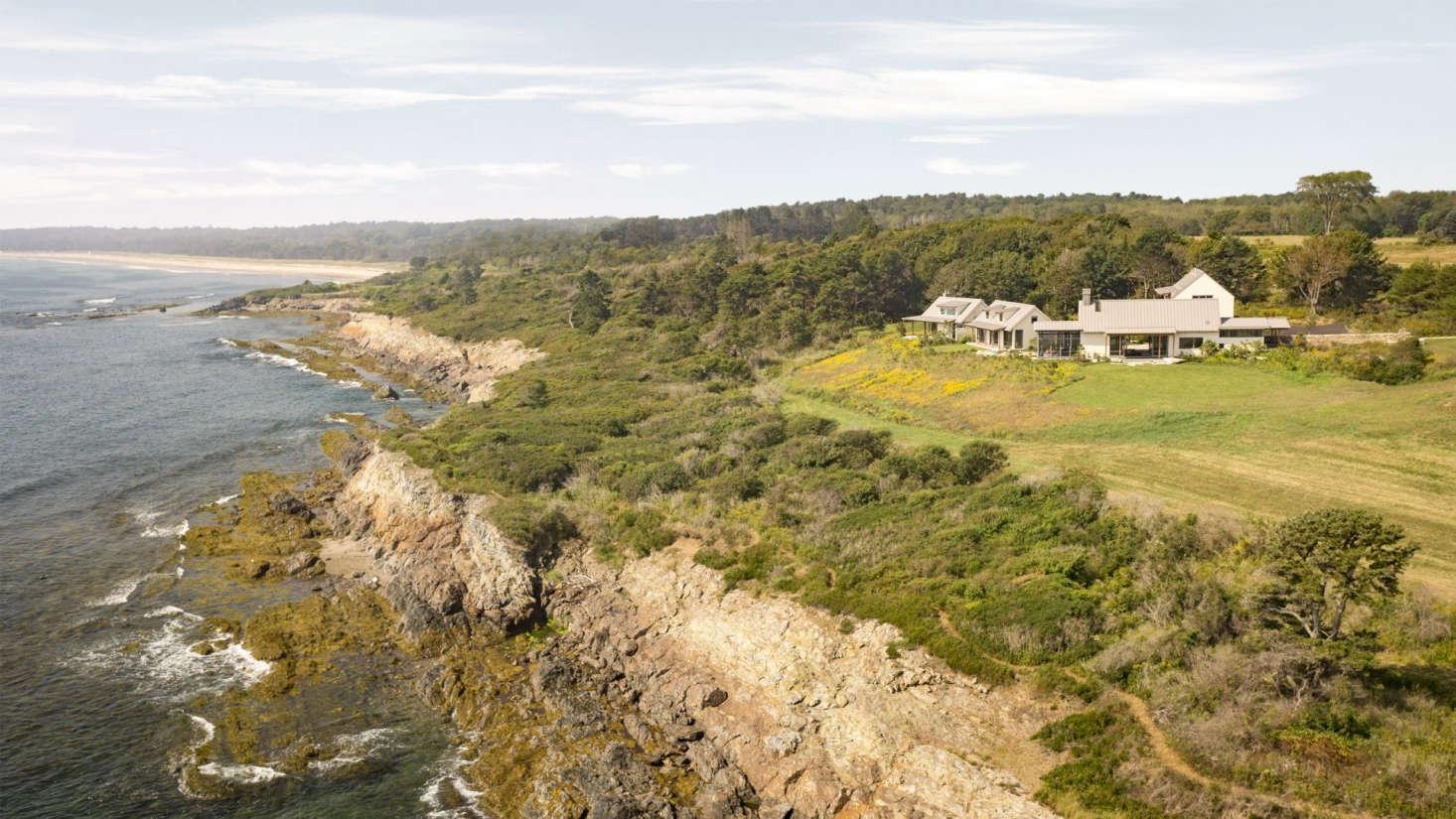 在沿海地区,景观景观,景观景观,建筑景观,徒步旅行,徒步旅行,徒步旅行和植被景观。