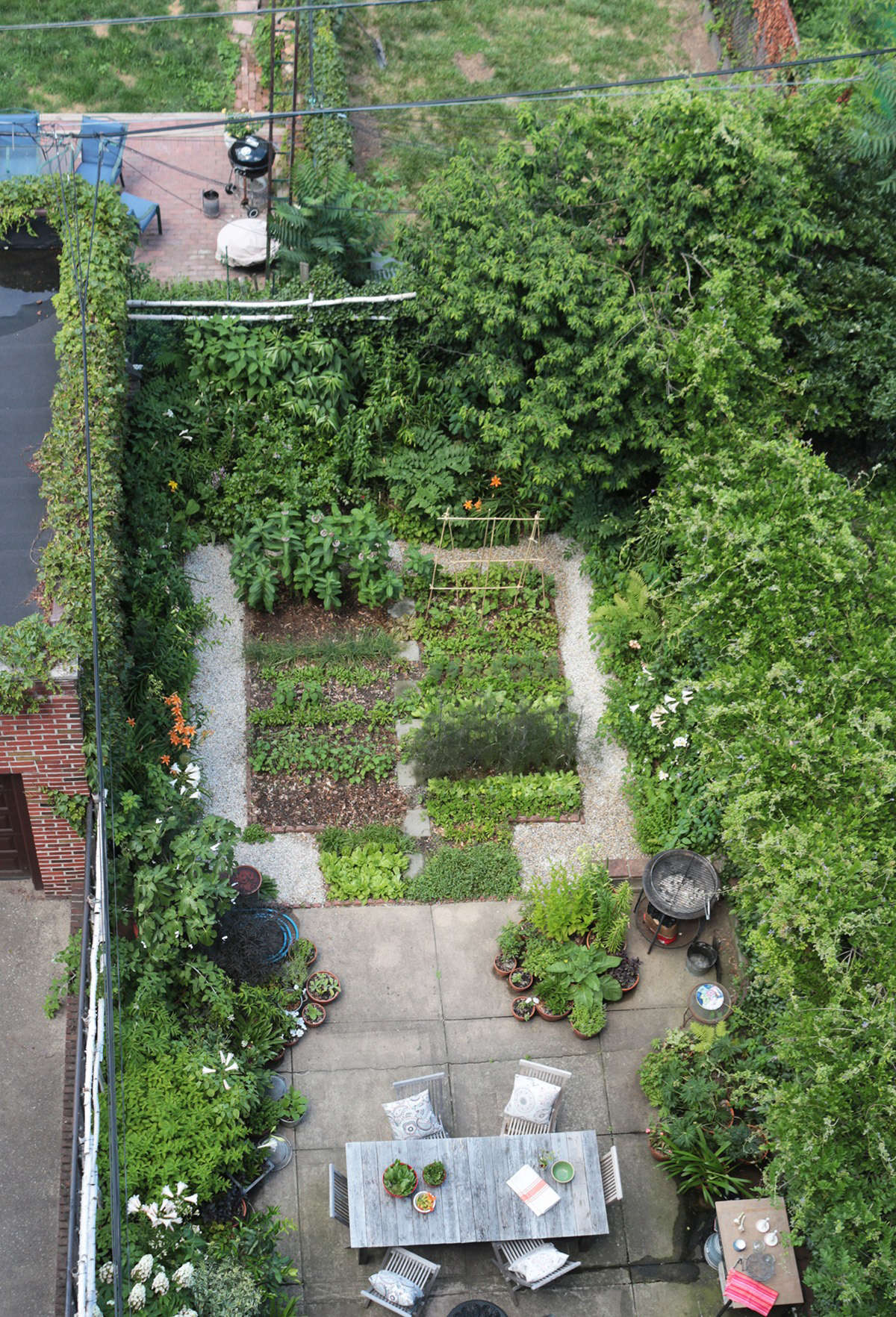 Carroll Gardens Brooklyn backyard garden by Marie Viljoen