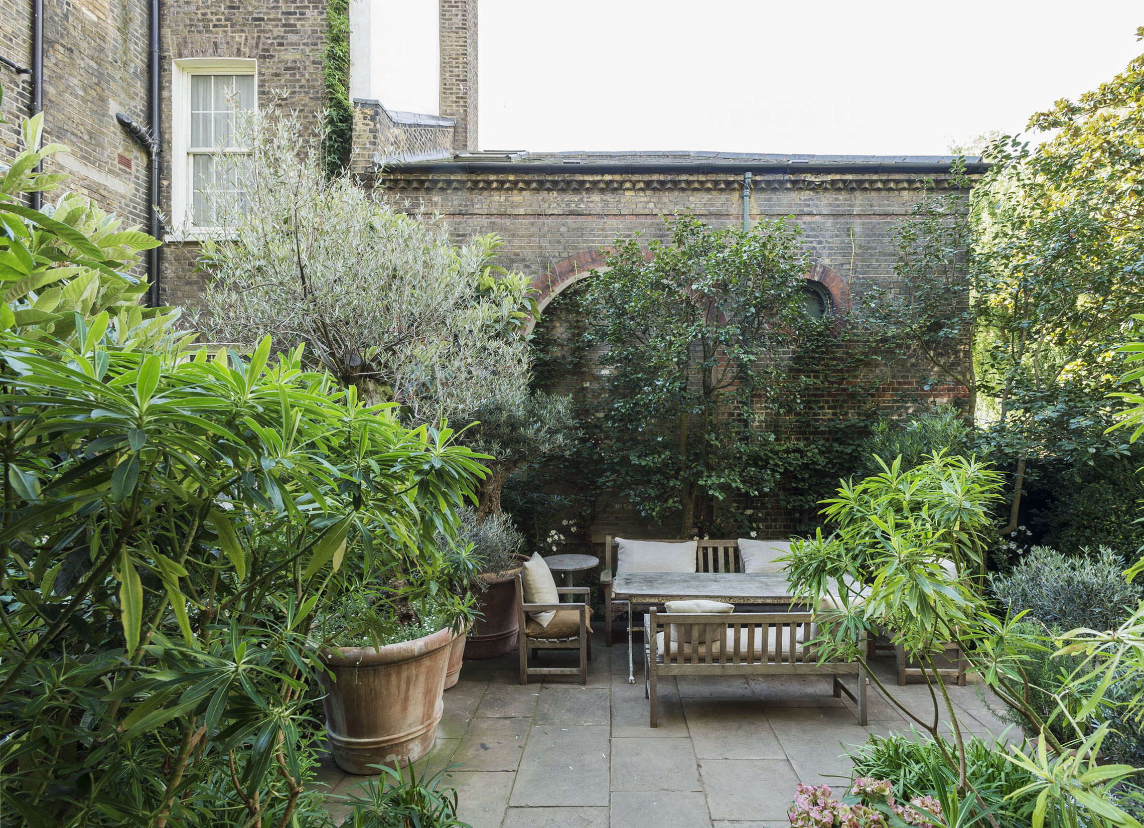 In The Past Decade London Gardeners Have Radically Transformed The Way They  Use Their Rooftops, Which In The Past Were Largely Ignored Spaces.