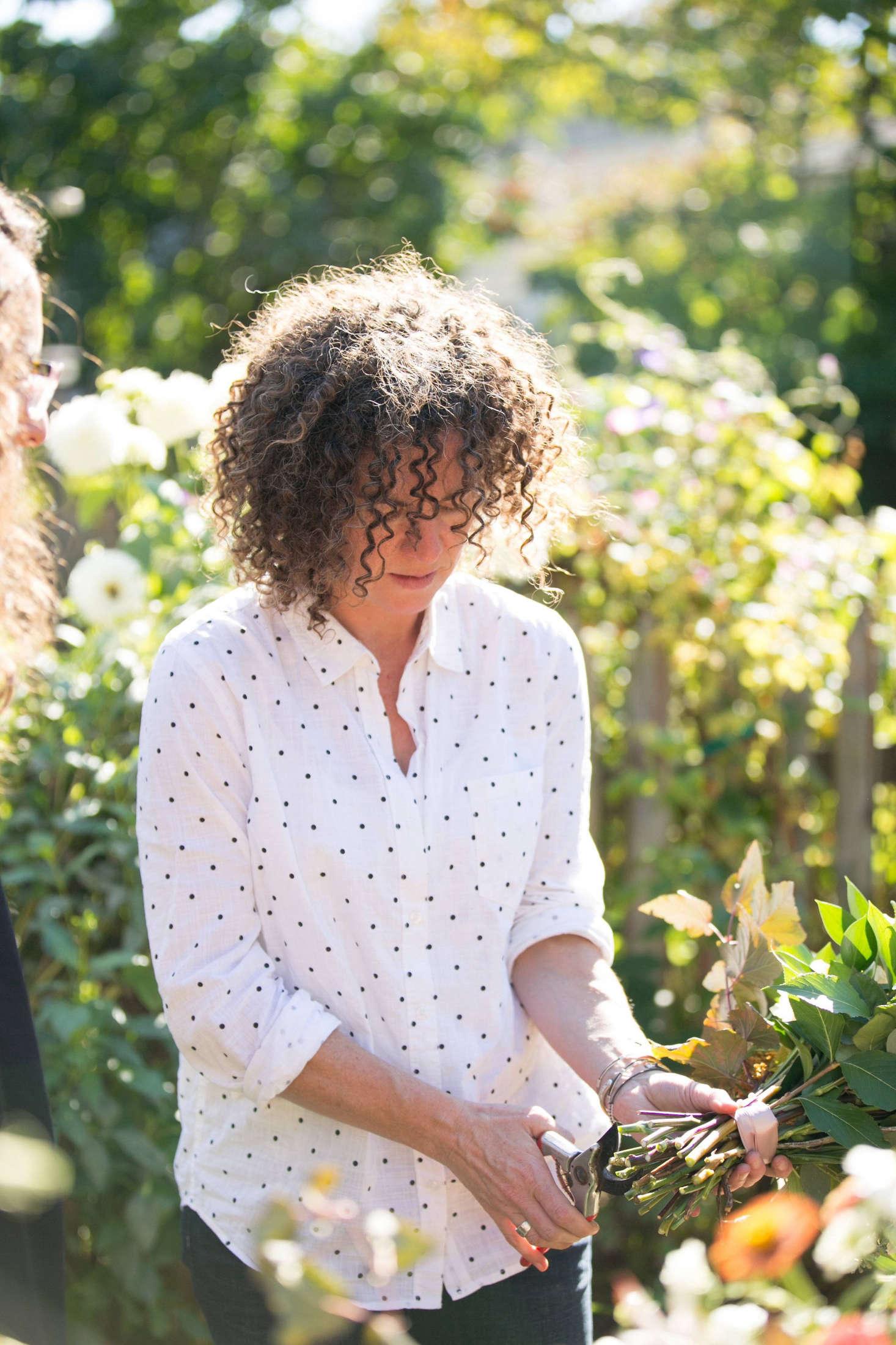 如果我们能让莎拉·尼克松也有邻居。她需要花几个小时的时间来扩大时间,然后她就会在花园里,把她的花园带到花园里的地方。来自克里斯蒂娜·沃尔多夫的网站,而她在全世界的博客上,《维多利亚》,《绿色日报》,《维多利亚》:
