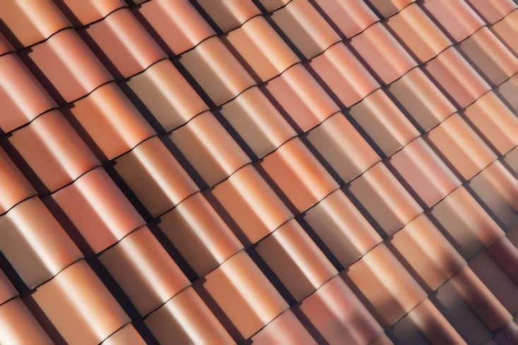 tesla solar roof is it worth it gardenista. Black Bedroom Furniture Sets. Home Design Ideas