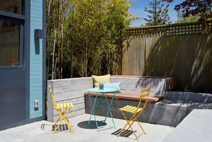 Clifford Outdoor Patio by Bach Architecture, Photo by Mariko Reed