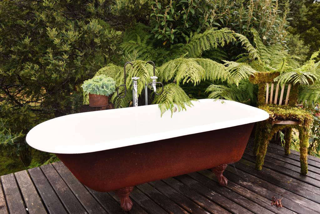 the new outdoor bath: 10 open-air tubs for summer soaks - gardenista