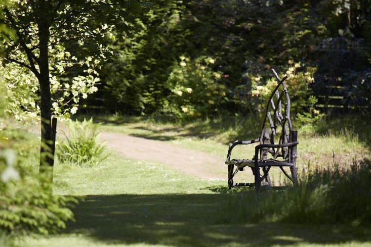 shade garden idea rustic furniture bowood britt willoughby dyer
