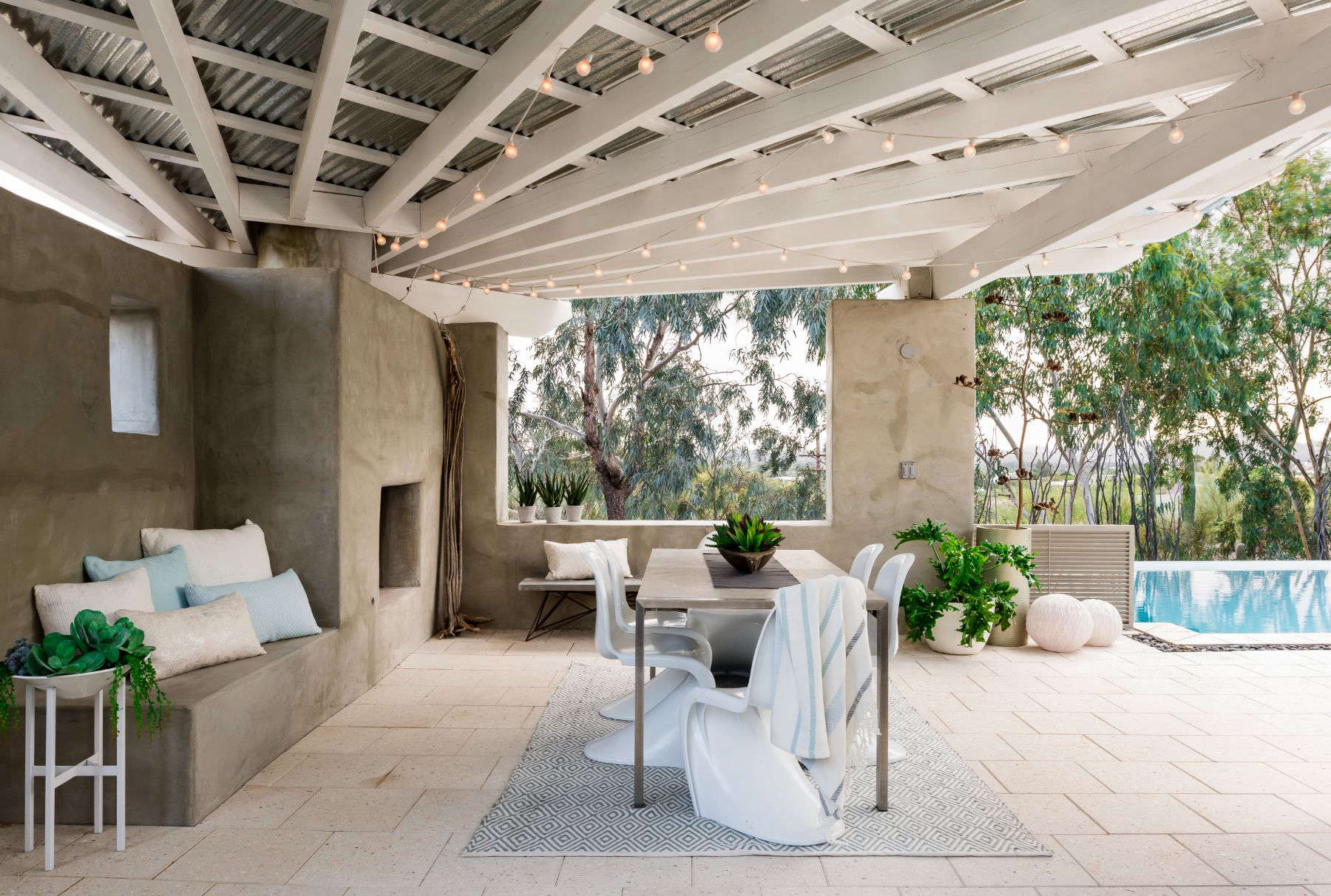 Best Hardscape 2017: A Cooling Room in the Desert by ... on Hardscape Patio id=99891