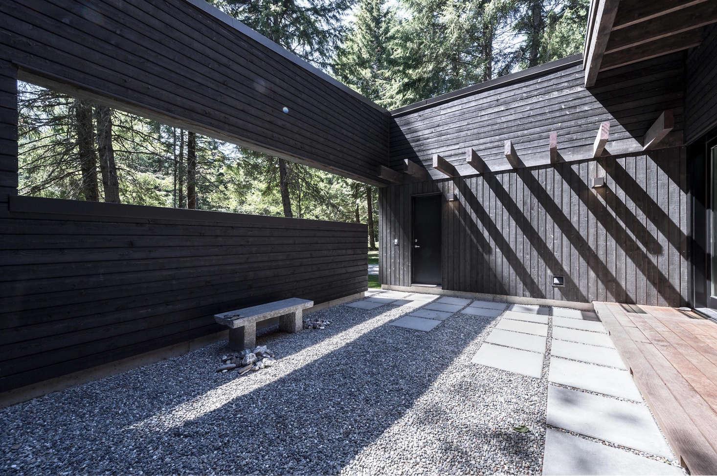 Architect Visit Near Mount Rainier A Riverside Cabin In