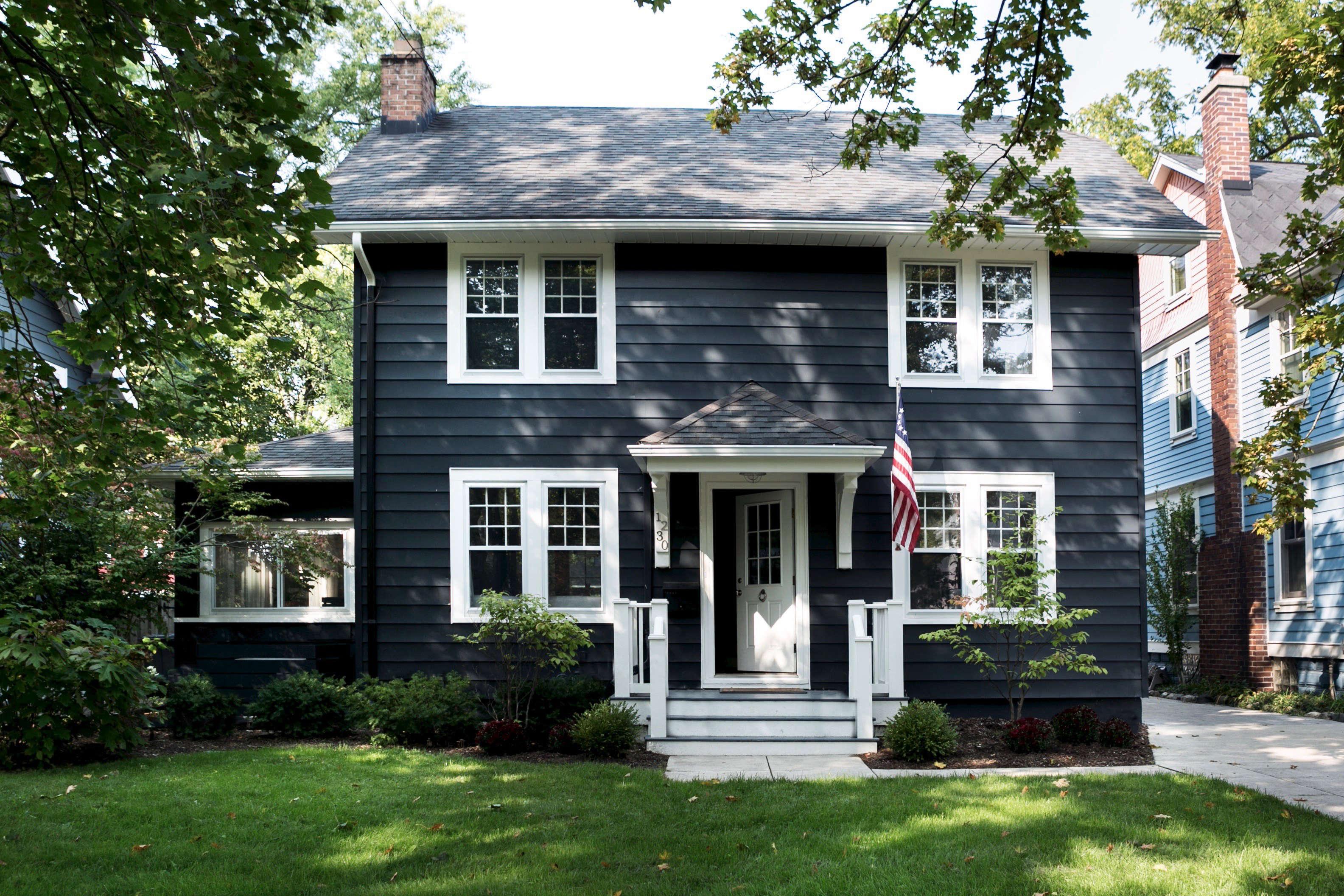 Darkness Reigns Architects 8 Favorite Black Exterior Paint Colors Gardenista