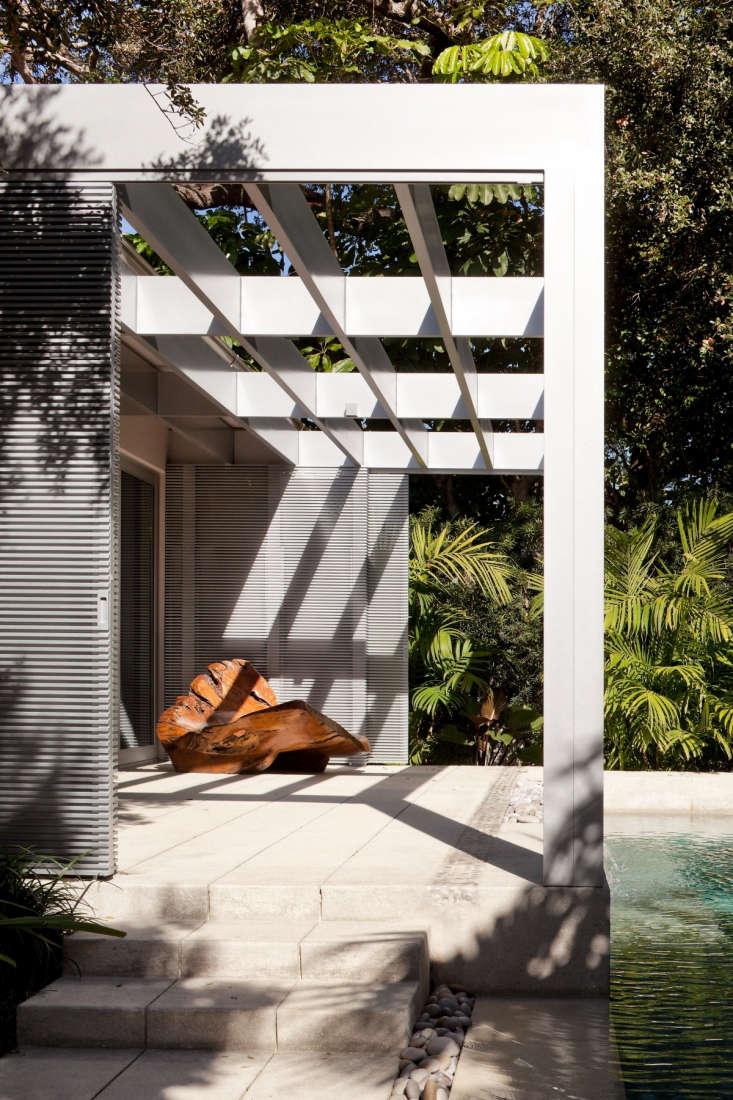 Required Reading The Mid Century Modern Garden By Ethne Clarke Gardenista