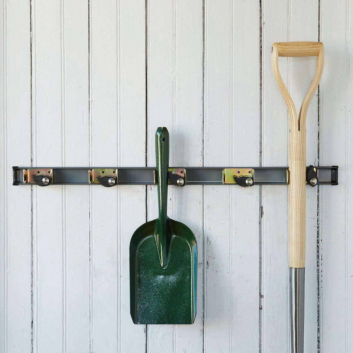 10 Easy Pieces Wall Mounted Tool Racks Gardenista