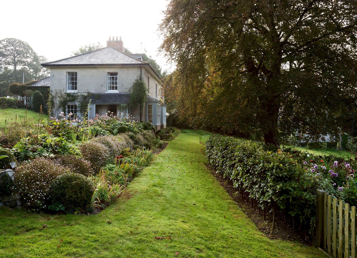 See More Of This Garden In Dorchester, England In Our New Book, Gardenista:
