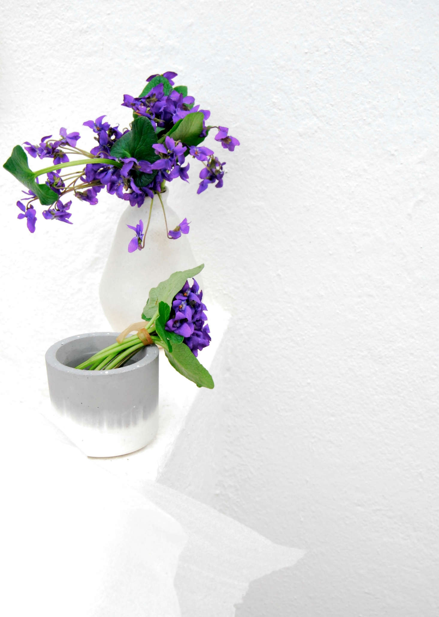 Additionally, I let another bouquet hang out in a modern cement vase, with a hint of gray.