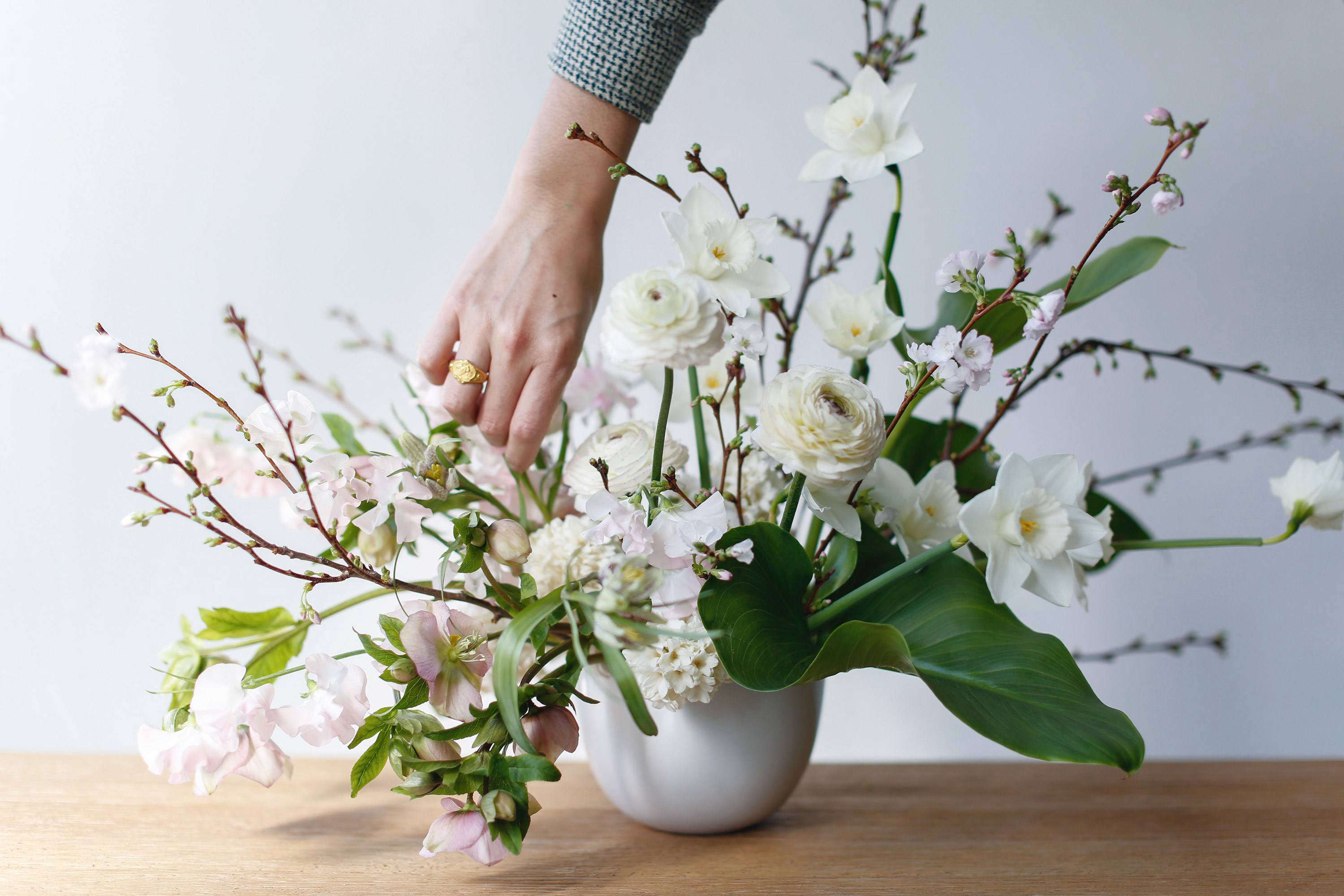 Flower Arrangements 101 A Crash Course For Easy And Elegant Florals