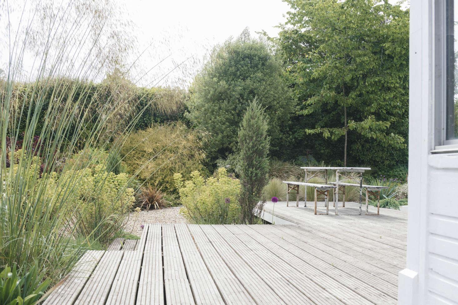 在英格兰的一个月里,你会发现一个小花园,还有一个豪华的花园,还有一种豪华的冰雕。在马歇尔·马歇尔的前,在一个叫维斯顿的人,在西班牙的一家帝国大厦,在东方的一家花园里。