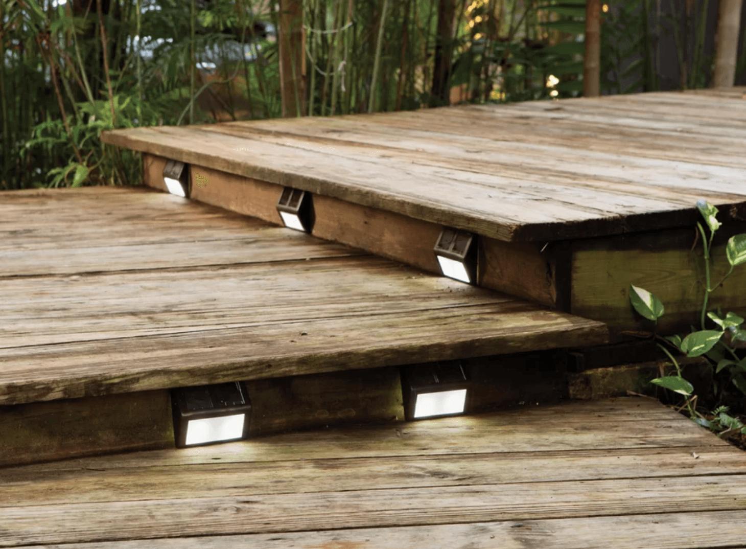 Hardscaping 101 Solar Lighting Gardenista Sunny Light Gardensolar Yard Lights Powered A 1 Step Has Amorphous Panels Gather And Store Sunlight