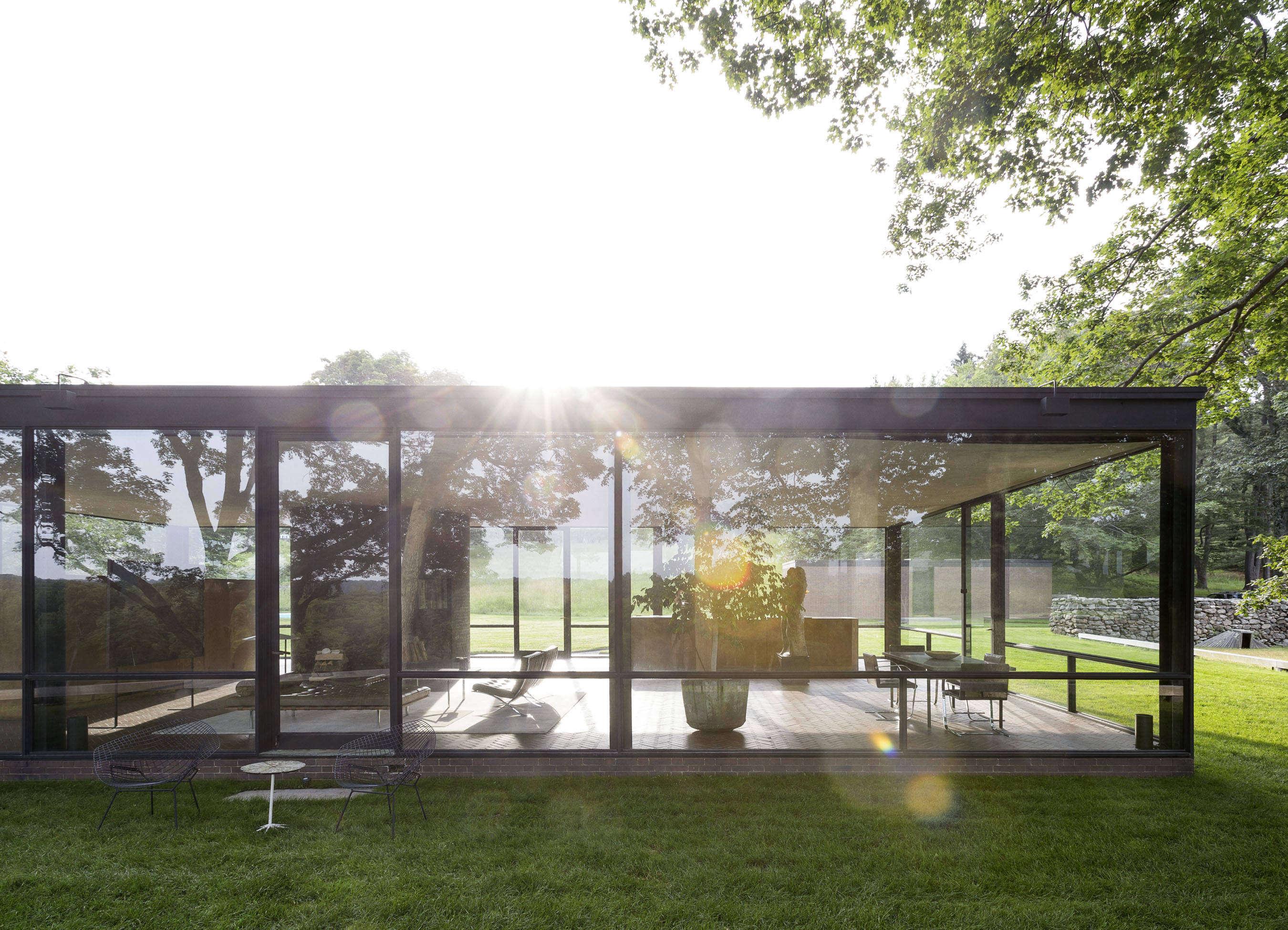 9bceb9621d59 10 Ideas to Steal from Midcentury Modern Gardens - Gardenista