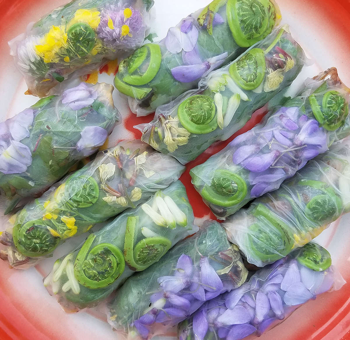Wrap wisteria flowers in summer rolls (you can also use Solomon&#8