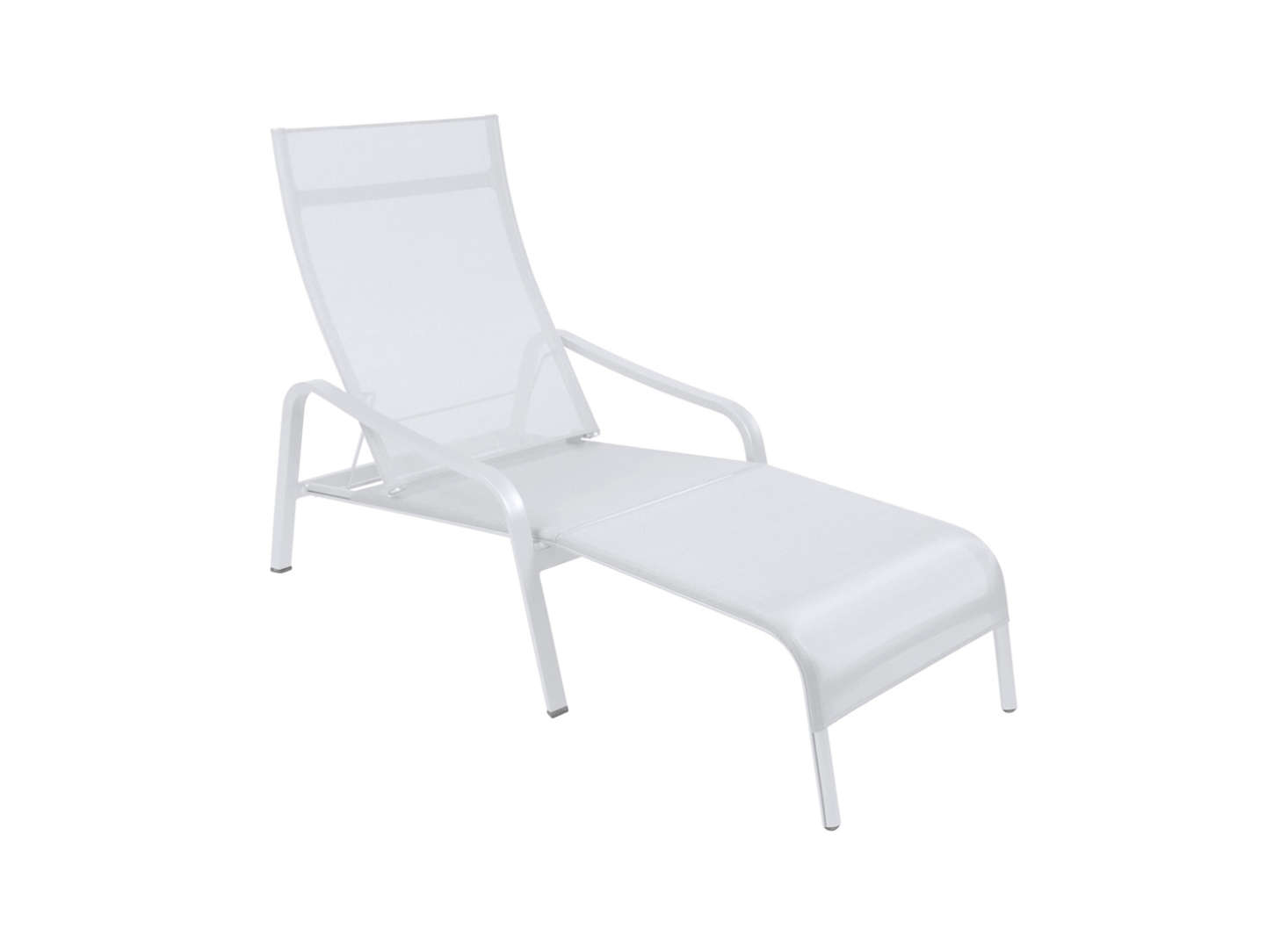 another design from fermob is the aliz deck chair which is made of aluminum and - Chaise Design Metal