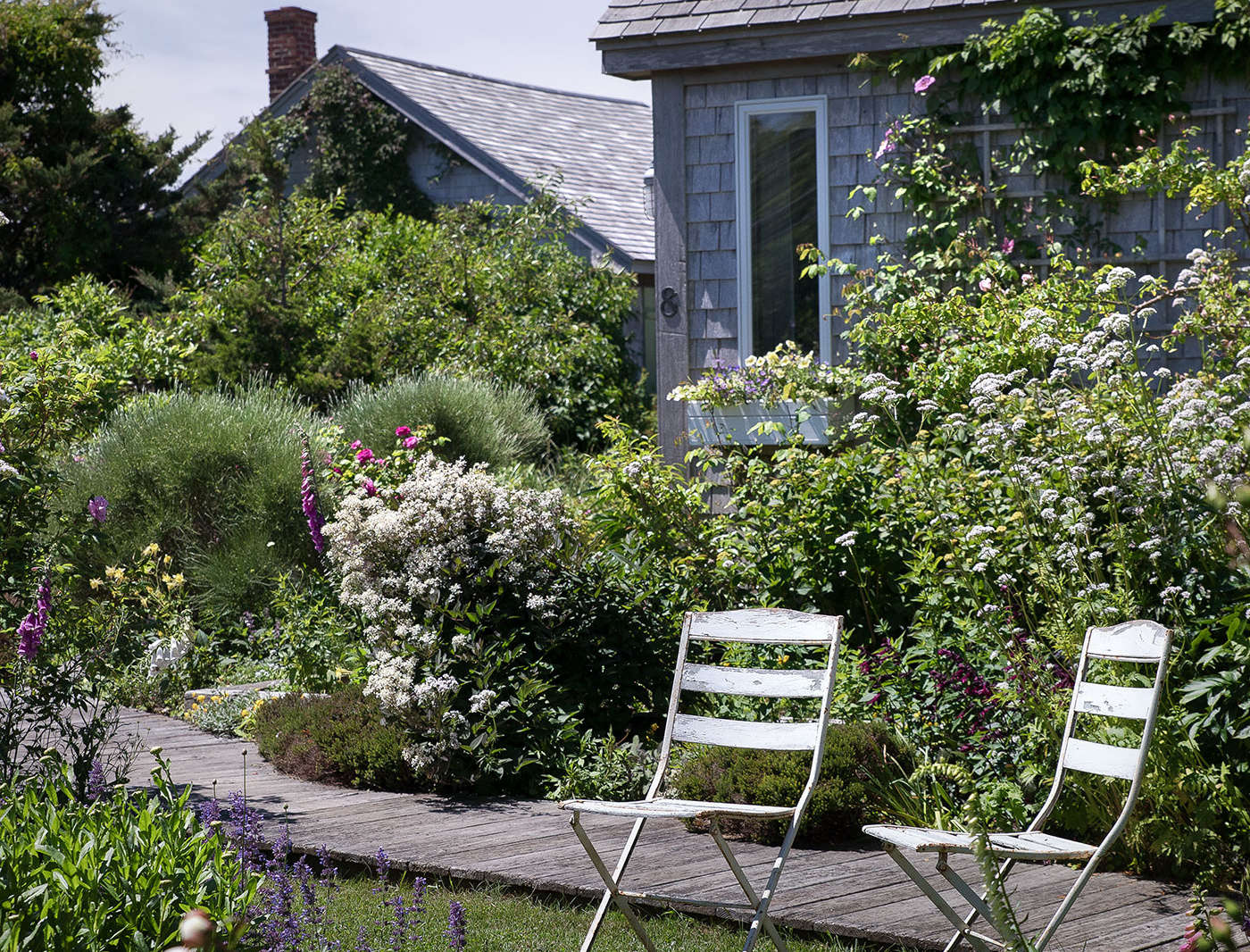 Landscaping Ideas A Classic Cottage Garden On Cape Cod Gardenista