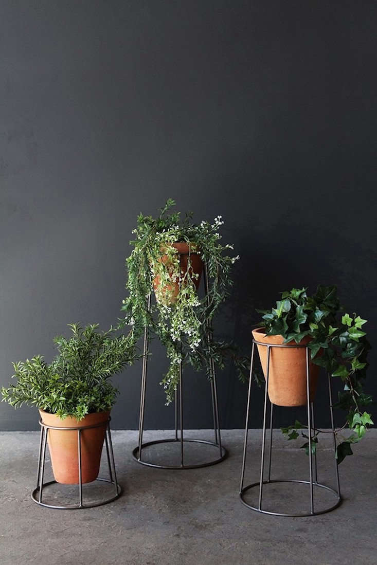21dc0022e41a A set of three Iron Standing Pot Holders & Pots is £80 from Rockett St