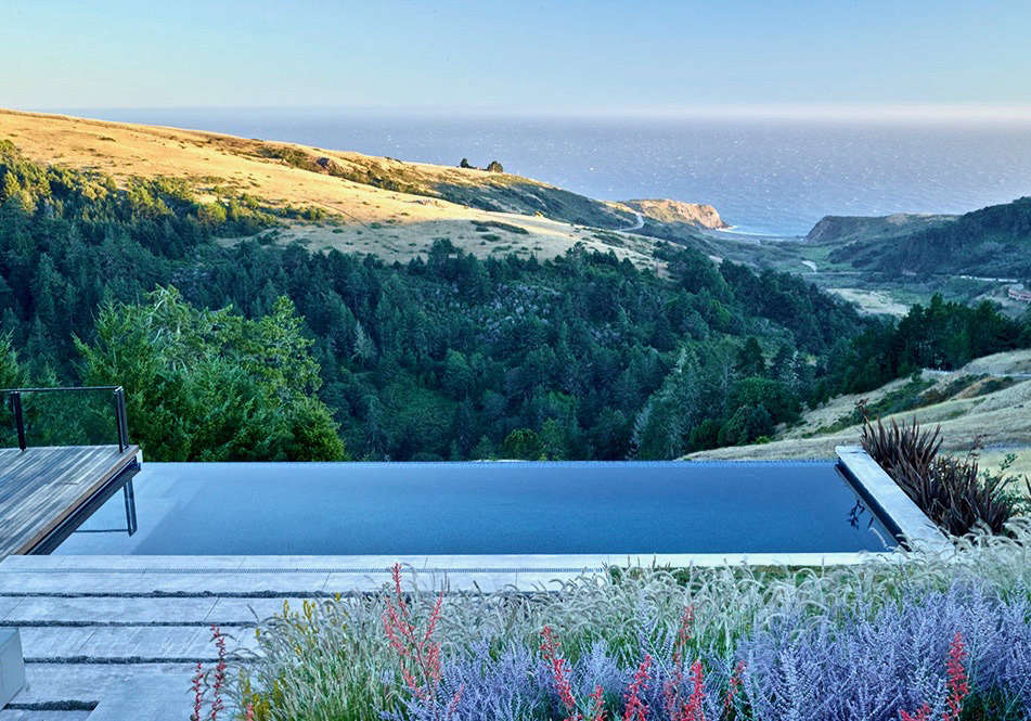 Everything You Need to Know About Infinity Pools - Gardenista